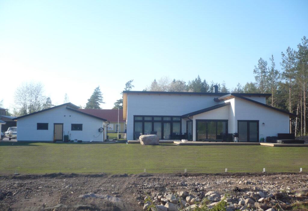 Lösvirkeshus i Åsens hagar